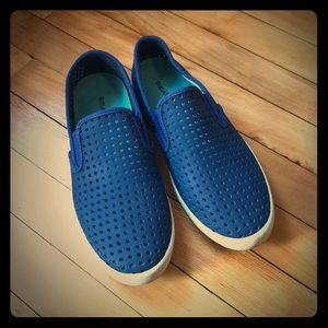 Seavees Blue Perforated Sneakers, Size 8.5